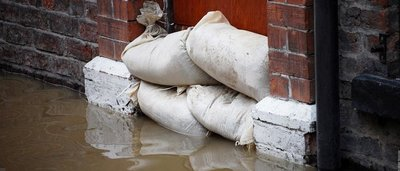 Uw bedrijf heeft schade opgelopen door overstromingen? Wat moet u doen?